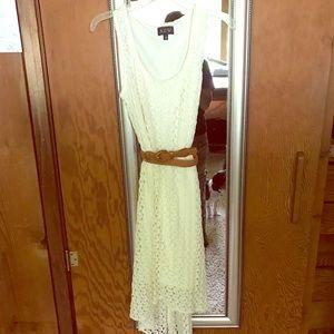 AUW Lace Dress